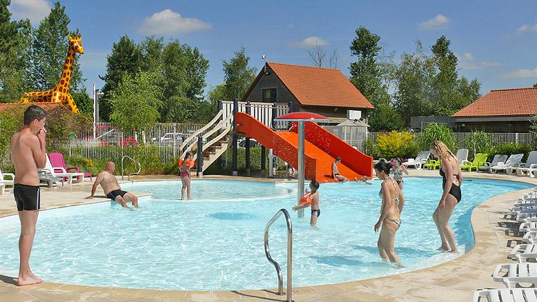 Camping rang du fliers l 39 or e du bois toiles terrain for Camping pas de calais avec piscine